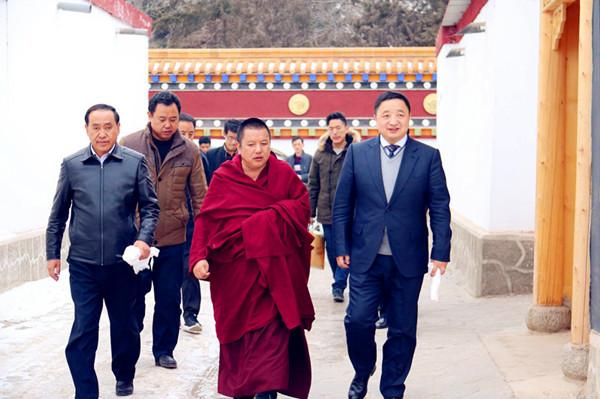 杨武赴卓尼柳林镇慰问老党员和宗教界人士