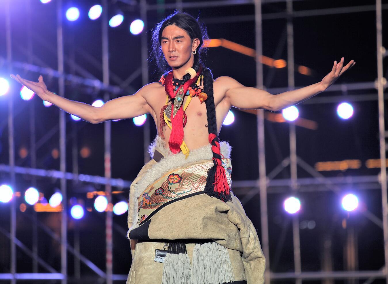 中国首届藏模大赛(组图二)