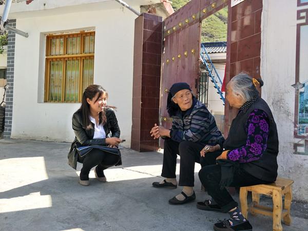 用生命诠释责任和坚守的最美扶贫人――追记舟曲县扶贫办副主任张小娟