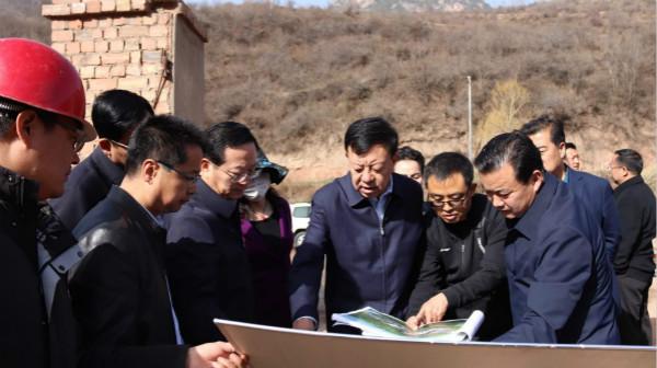 俞成辉:绽放多彩风情  释放爆发效应  打造全省最有特色的旅游小镇