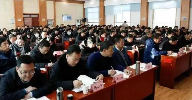 吕哲军在州委党校作十九届五中全会精神专题解读